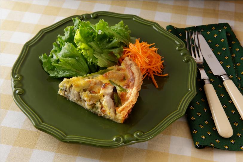 比内地鶏と季節の 秋田野菜キッシュ
