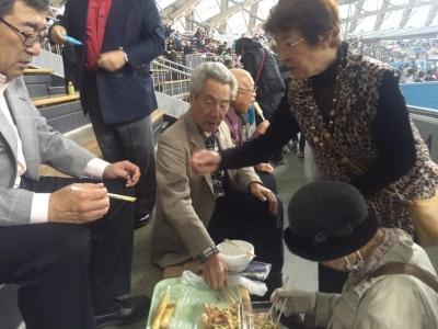 交流推進員日記「函館秋田県人会 大館きりたんぽ祭り2015」